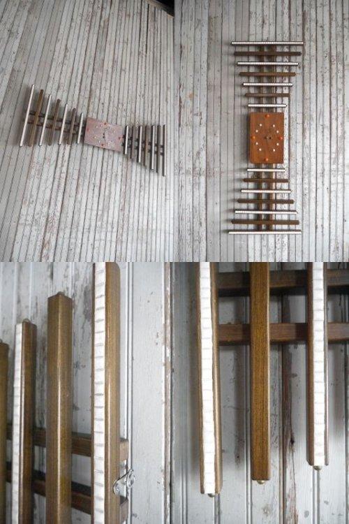 他の写真1: アンティーク ウッド×タイル 手巻き壁掛け時計